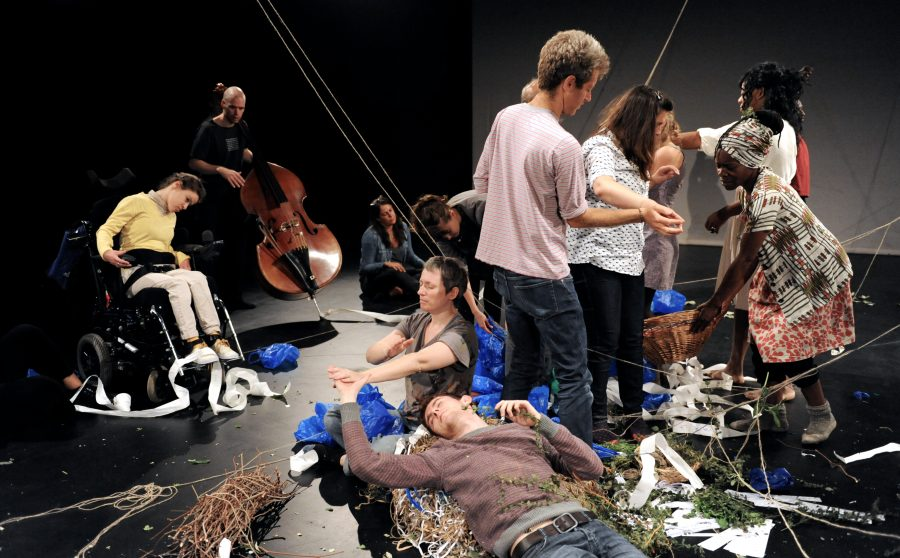 artists workshop about movement